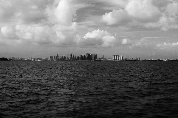 Szingapúr… momo és makuka…