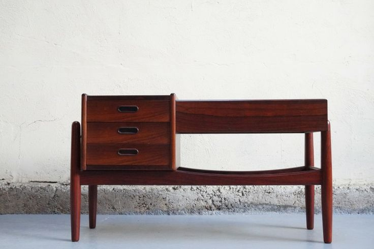 Danke galerie danke galerie vintage design furniture mobilier vente d corati - Vente privee mobilier design ...