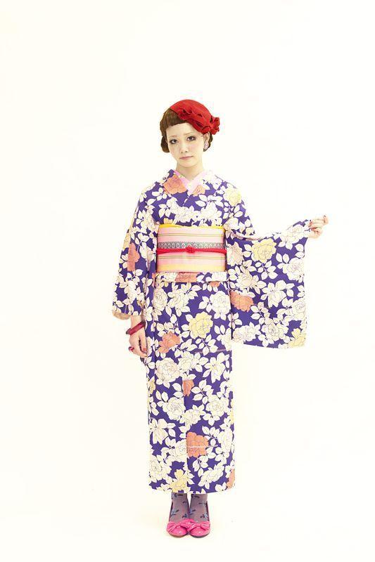 アンティークお着物の乙女な装い。の画像   ダリヘアデザイン 高島の靭公園から徒然と