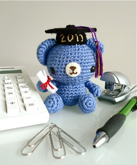 Amigurimi Graduation Teddy Bear