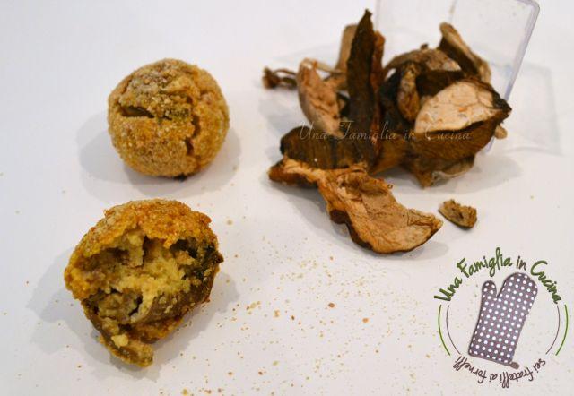 Finalmente arrivano le ricette senza glutine, oggi abbiamo fatto queste polpette vegetariane delicate e gustose cotte in forno!