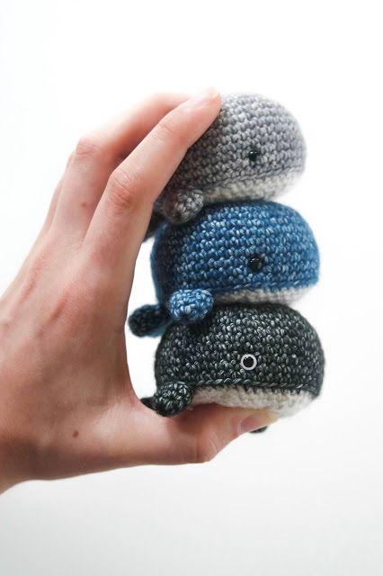 Astrid Things: Mini Walvis Haakpatroon