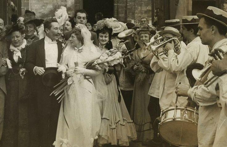 Conheça as origens bizarras por trás das tradições de casamento