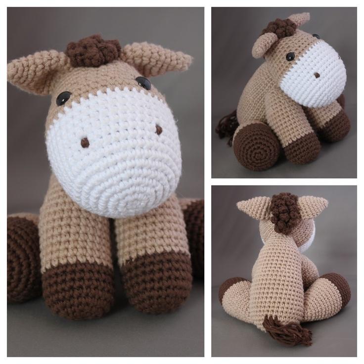 MadeByLeonie: Horse (Link to pattern)- was originally a unicorn pattern: http://littleyarnfriends.com/post/24411665124/crochet-pattern-lil-baby-unicorn