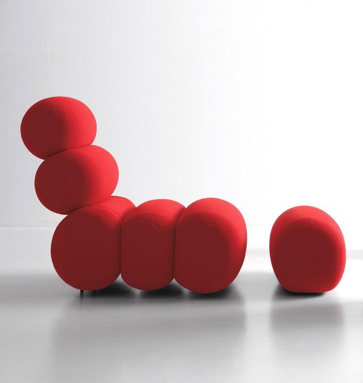 Chaise Longue Bruco reclinabile in varie posizioni, morbido invito al riposo e alla comodità in ogni posizione! - Chaise longue Bruco, a soft invitation to relax and comfort! #presotto #chaiselongue #comfort #relax #red #interiordesign