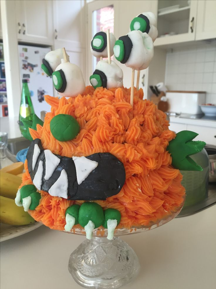 This is my fav cake I made it for my brother #monster #birthday #birthdaycake #yum