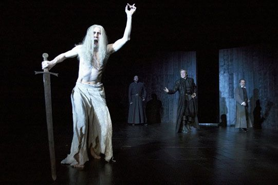 Hamlet (2004) - Performance photo gallery - 2