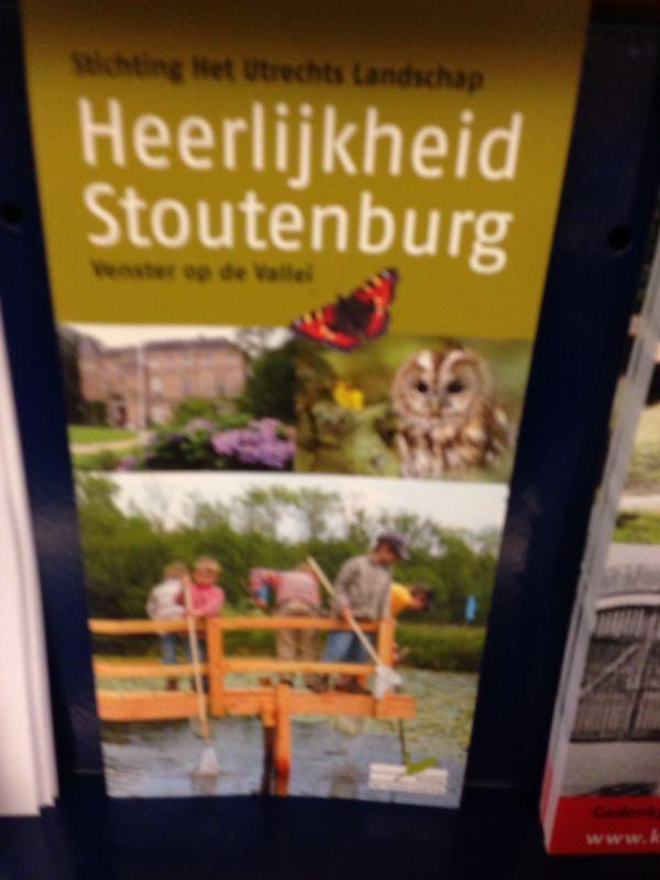 Een brochure met plaatjes, het geeft een impressie van 'Heerlijkheid Stoutenburg'.