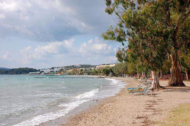 Dassia beach is situated northwest of Corfu Town, Corfu island, #visitgreece. pic.twitter.com/rKK1gcC2VR RT @Green Corfu #art #mare #photography