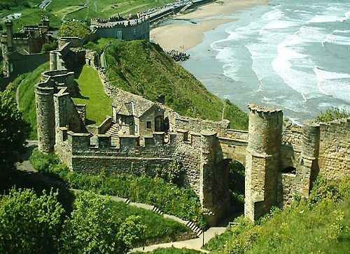 SCARBOROUGH CASTLE - Yorkshire, England