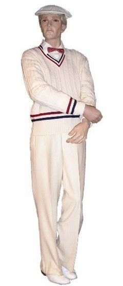 Men's 1920s fashion: Tennis player: Ivory cable knit sweater or sweater vest, ivory wool trousers, shirt, bow tie, cap