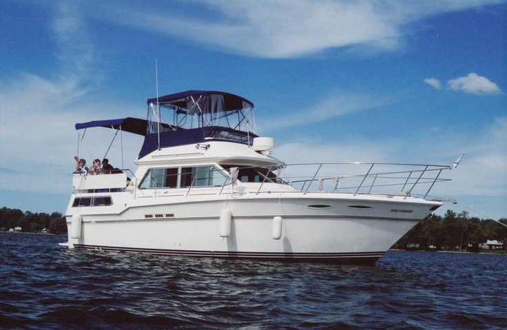 1985 36 Ft Sea Ray Aft Cabin Motor Yacht Power Boating