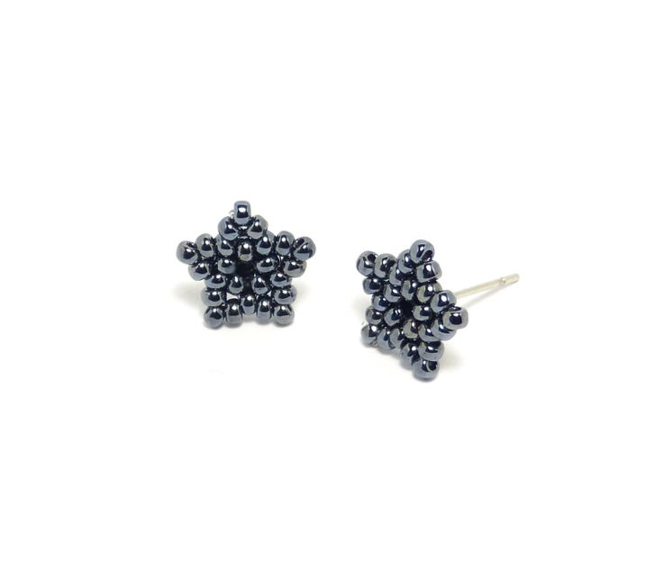 Grey Beads: Little Grey Stars