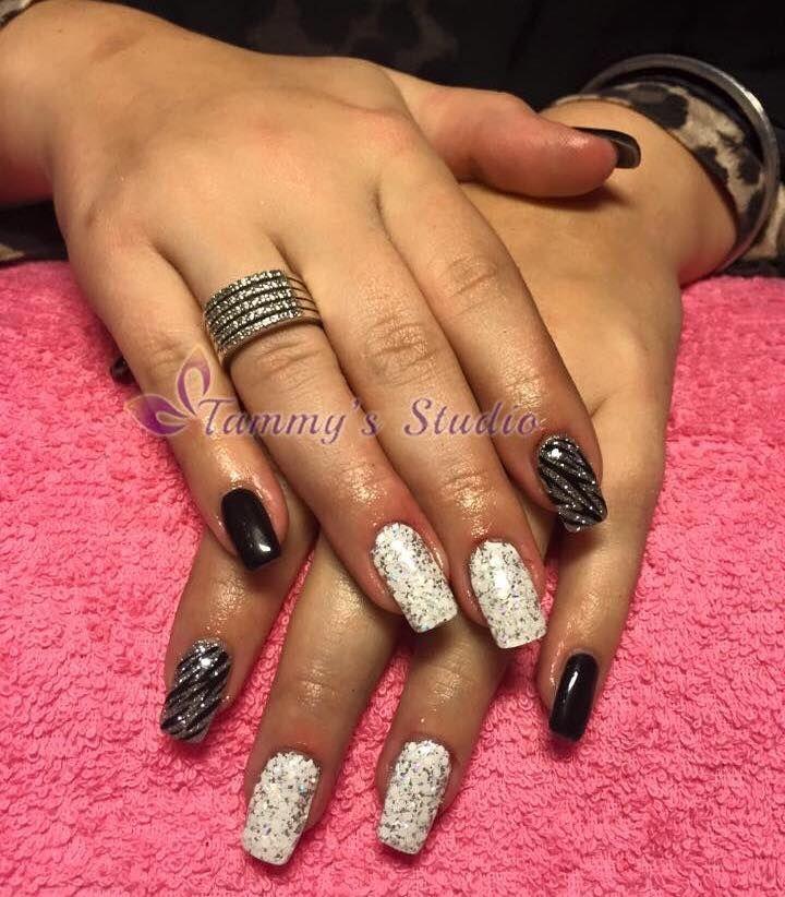 Black Jack, Glitterzilver en losse witte glitter met zebraprint.