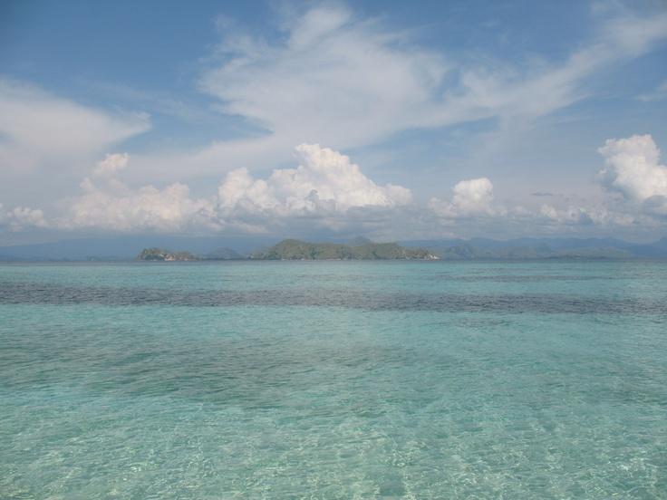 Air di Pulau Kanawa, Flores