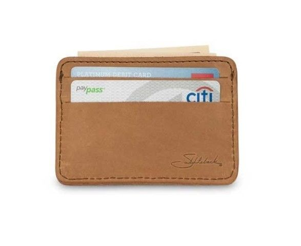 A very masculine wallet. What you see is what you get with this compact wallet. A great quality piece with great character. #Wallet #Best Wallet Under 50 Dollars #Saddleback