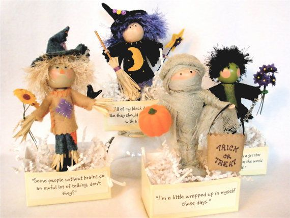 Clothespin Art Dolls for Halloween by HeartStringsHandmade