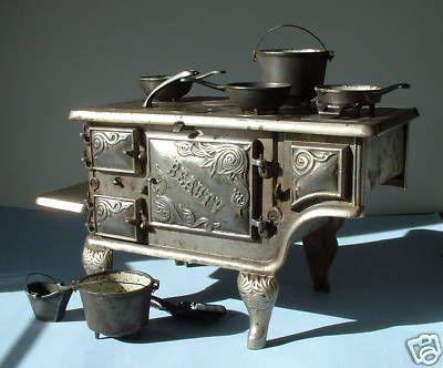 Antique Cast Iron Toy Beauty Stove Massive Rare Nice