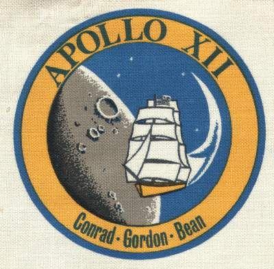 astronaut badges uniforms details - photo #28
