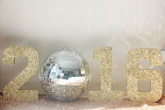 Sale 2016 GLITTER NEW YEARS Numbers with Disco Ball Glittered Free Standing Gold Silver Number New Years Eve Nye Party Decor Sign Signage