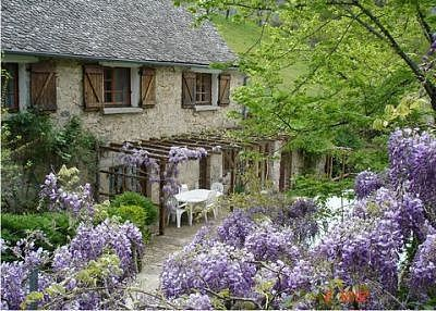 French Cottage Exteriors.  I would so very happily live here.