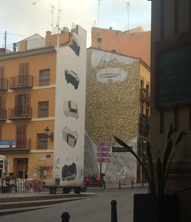 Grafitti is taken over by beautiful wall art. Valencia gives NY a run for it's money in that respect