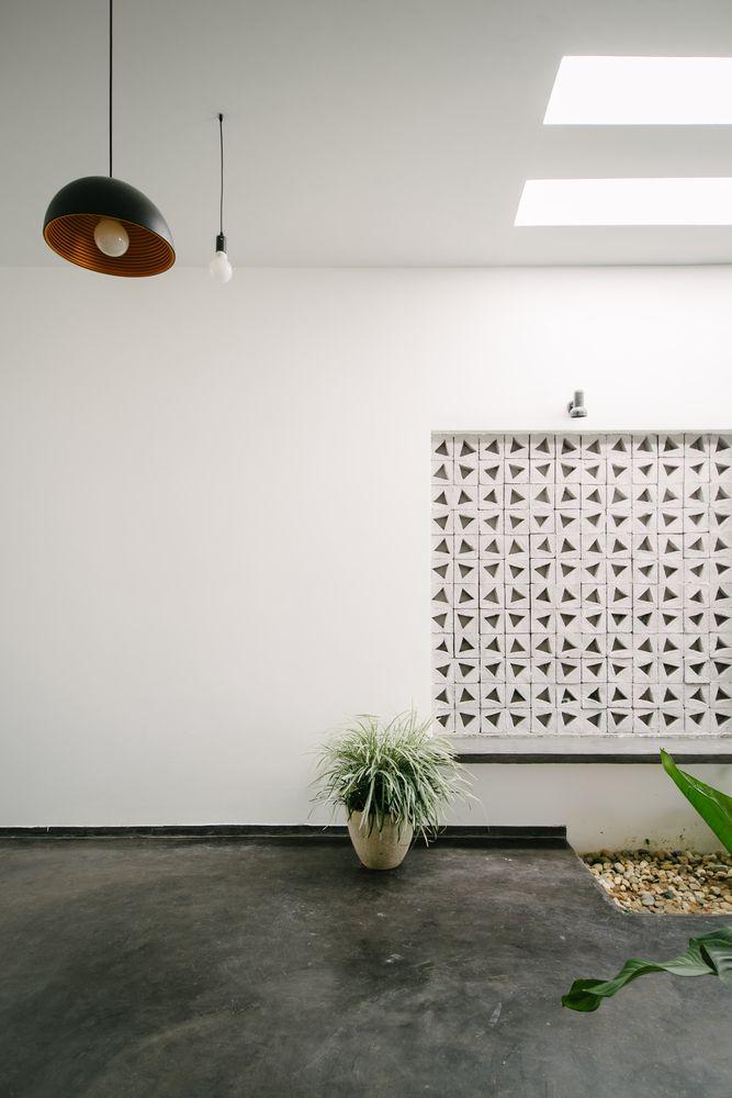 Gallery of KONTUM House / Khuon Studio - 7