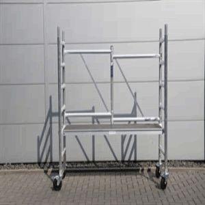 Aluminium kamersteigers, 75 x 180 cm of 135 x 180 cm.