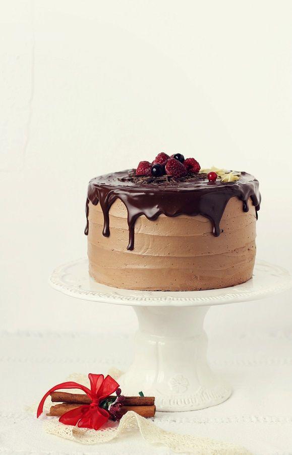 Tort cu mousse de ciocolata si aroma de portocala   Pasiune pentru bucatarie