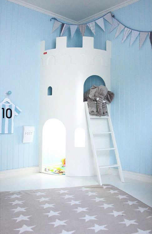 Que tal transformar um cantinho do quarto das crianças num lindo castelo? A brincadeira vai ficar muito mais divertida. #decor #decoração #inspiração #kidsroom
