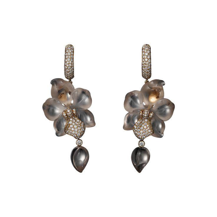 Caresse d'Orchidées par Cartier High Jewelry earrings Pink gold, sculpted morganites, brilliants.