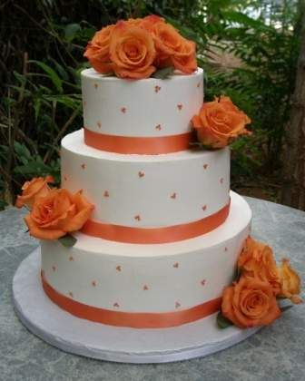 Wedding Cakes Made with Buttercream   Delicious Buttercream Wedding Cakes Ideas With Butter Cream Frosting