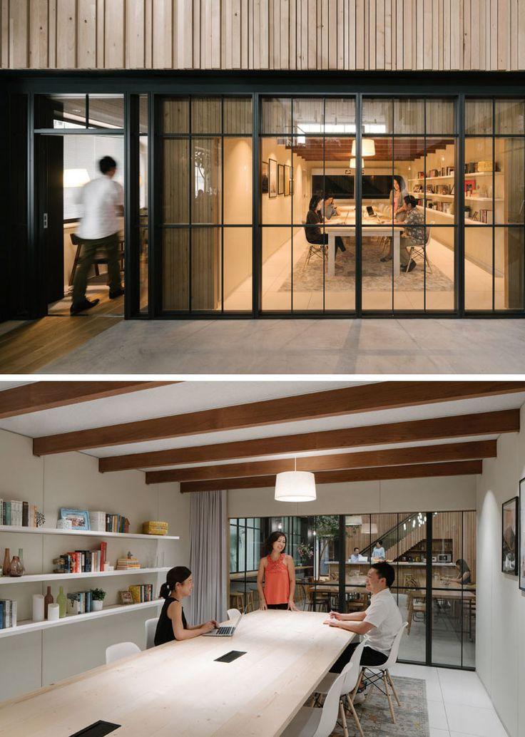 Bureaux Airbnb à Tokyo :salle de réunion