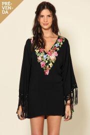 vestido kimono - com o código 7214 no site da farm, você ganha 10% de desconto e frete grátis! #flores #franja #frida #fridakahlo www.farmrio.com.br