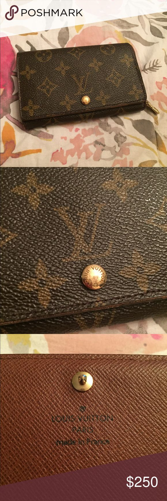 💯 authentic Louis Vuitton vintage snap wallet Lovely wallet that's great for staying organized. Guaranteed authentic! Lots of life left, with signs of wear overall as shown, including peeking in interior of zip pocket. but this doesn't effect use. See photos- great piece at a great price! Louis Vuitton Bags Wallets