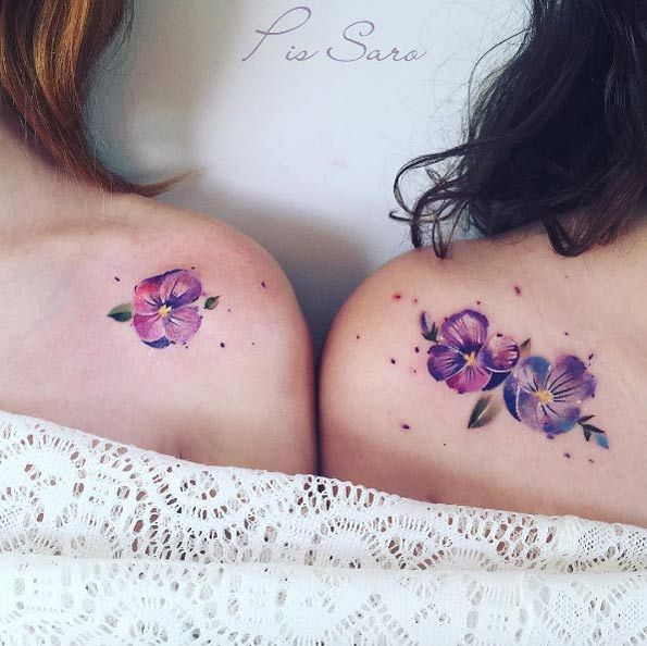 Matching violets by Pis Saro