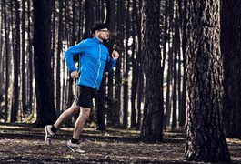 How to run with knee pain. Most runners experience knee pain at some point, particularly if they run on hard surfaces like concrete and asphalt. Much of this pain has to do with the high-impact nature of running, which sends shockwaves up the lower body and compresses bone and cartilage against one another. Over a long period of time, and if you don't take care of your body...