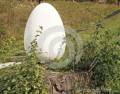 Egg white - beautiful garden decor