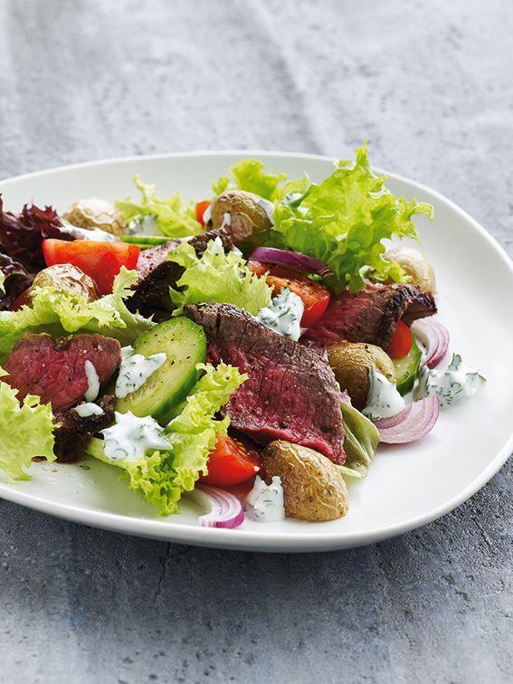 Opskrift på salat med bøf og ristede kartofler