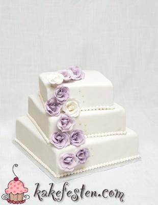 Lilla/hvit bryllupskake