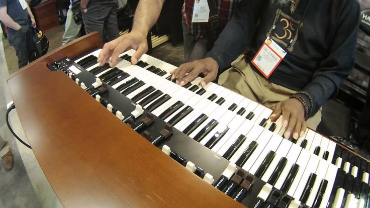 Summer NAMM 2016 - Dr.  Lonnie Smith and Ike Stubblefield play the Hammo...