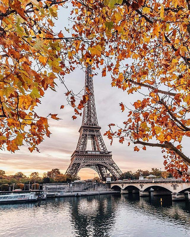 #Paris #France .. Photo by: @wonguy974 .. #Facts The Eiffel Tower is 6 inches taller in the summer. In the summer heat the steel structure tends to expand. The Eiffel Tower was originally painted red. It appeared in red color in the center of Paris in 1889. A woman married the Eiffel Tower in a commitment ceremony in 2007. She is an objectophilia. Erika LaBrie in the past she became Erika Eiffel. Эйфелева башня на 6 дюймов выше в летнее время. В летнюю жару стальная конструкция имеет тен...