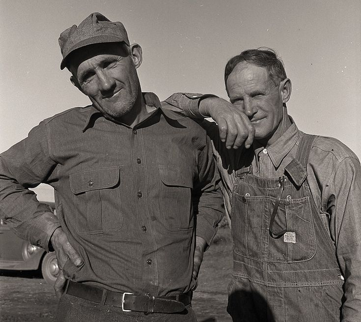 The History Place - Dorothea Lange Photo Gallery: Finding Alternatives: Heads of Families