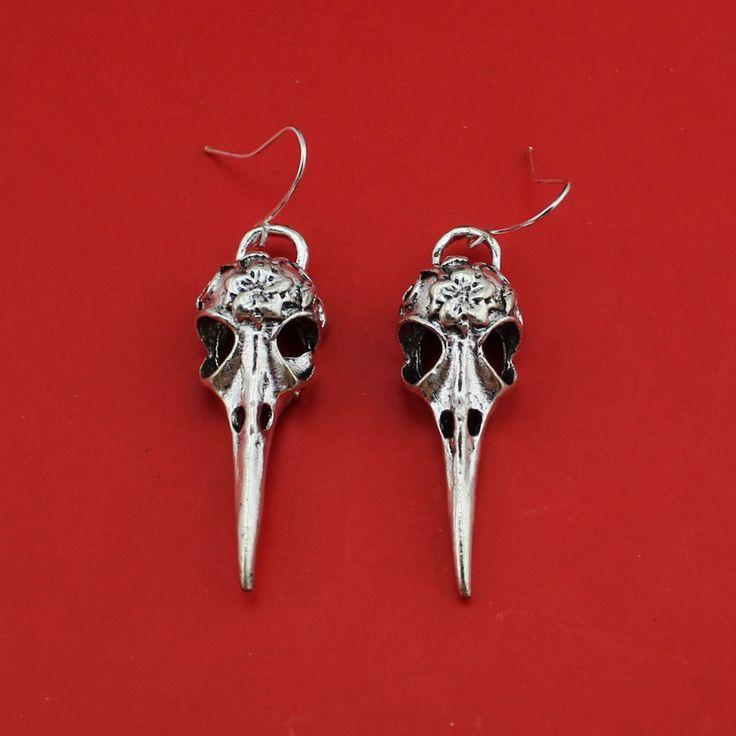 2017 Nieuwe Hot Mode Vrouwen Sieraden Handgemaakte Vintage Zilveren Vogel Schedel Dangle Earring 4444 Voor Meisjes Gratis Verzending Groothandel Lot