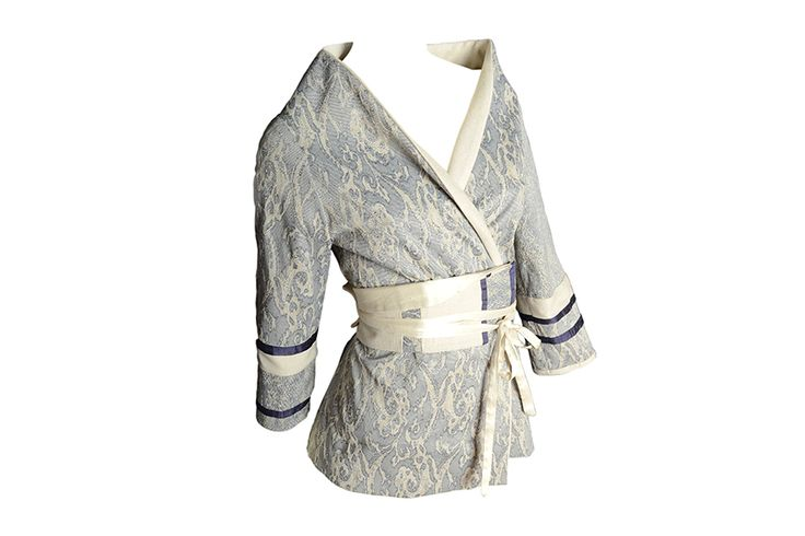 C.54 Jacket with obi: made of silk and viscose fabric with inserts, silk Obi and lining.