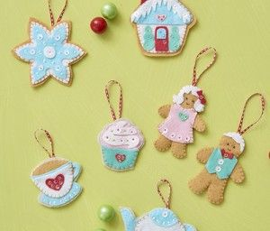Host an ornament sewing party this year with fun tips from Sew Daily! Plus get the pattern for these darling Sugar Plum Ornaments