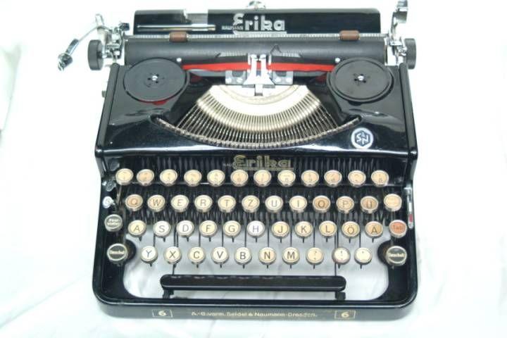 100 best machines crire et ordinateurs vintage images on pinterest. Black Bedroom Furniture Sets. Home Design Ideas