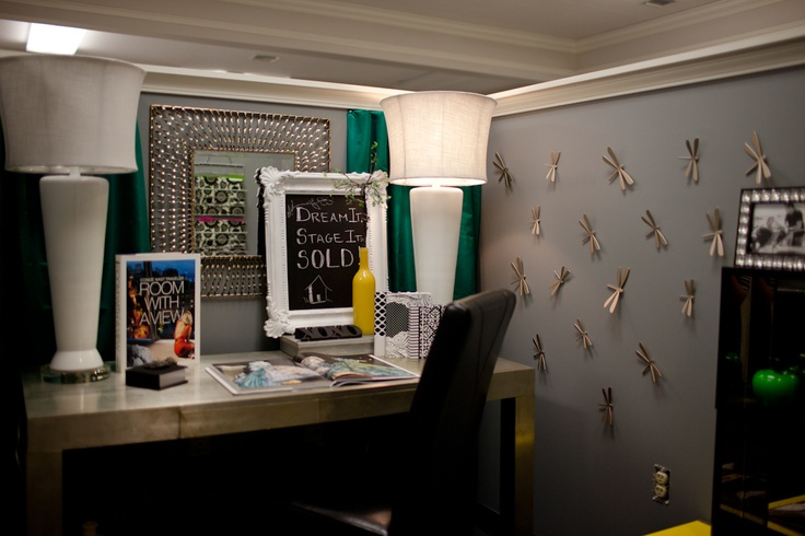Mission: Cubicle Makeover. I am SOOOO doing this. Michaels here I ...