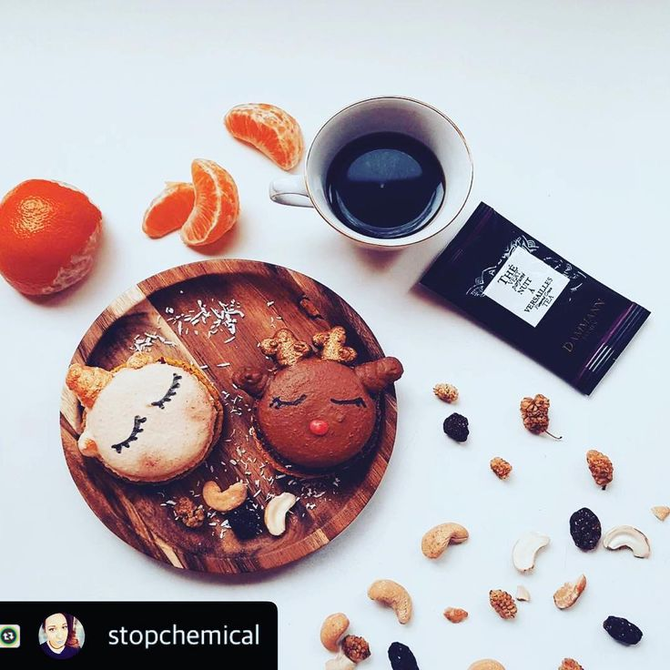 Merci à @stopchemical pour cette superbe photo et retour  #macaron #goodfood #cuisine #homemade #macarons #anniversaire #halloween #enfant #faitmaison #gateau #noel #noel2017 #pastry #gouter #gourmandise #patisserie #parismanga #manga #parcdesexpositionsportedeversailles #lemarais #miraculousladybug #miraculous #miraculoustalesofladybugandchatnoir #cosplay