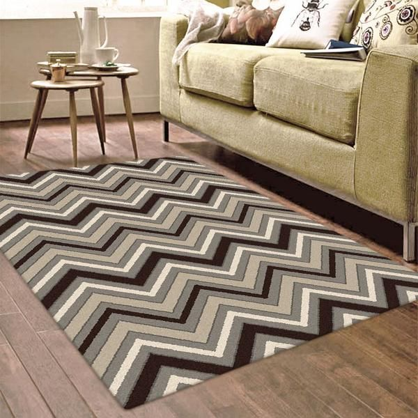 Add style and class to your home with this beautiful chevron patterned rug: